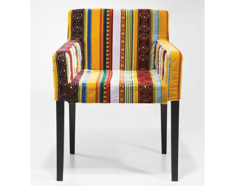 Upholstered fabric easy chair with armrests VERY BRITISH | Easy chair - KARE-DESIGN