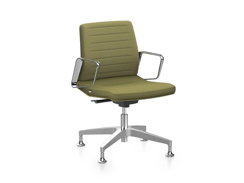 Ergonomic fabric task chair with 4-Spoke base with armrests VINTAGE IS5 1V11 by Interstuhl