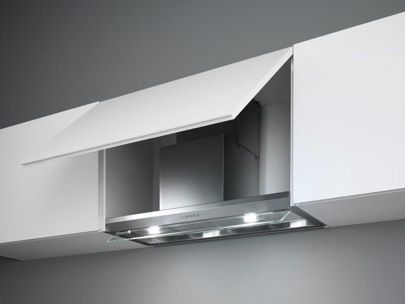 cappa in acciaio inox a parete con illuminazione integrata