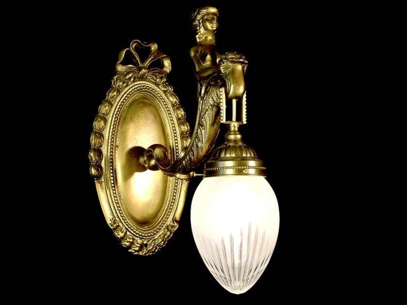 Lampada da parete a luce diretta in ottone FORTUNA III | Lampada da parete in ottone - Patinas Lighting