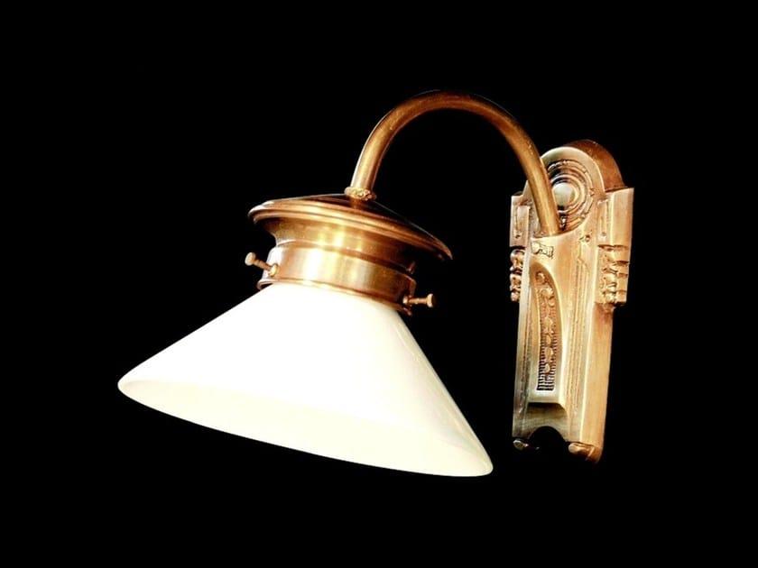 Lampada da parete a luce diretta in ottone MARSEILLES | Lampada da parete - Patinas Lighting