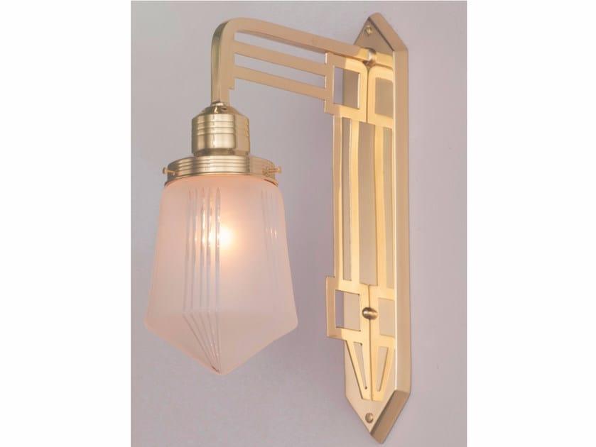 Lampada da parete a luce diretta fatta a mano in ottone HOFFMANN I | Lampada da parete - Patinas Lighting