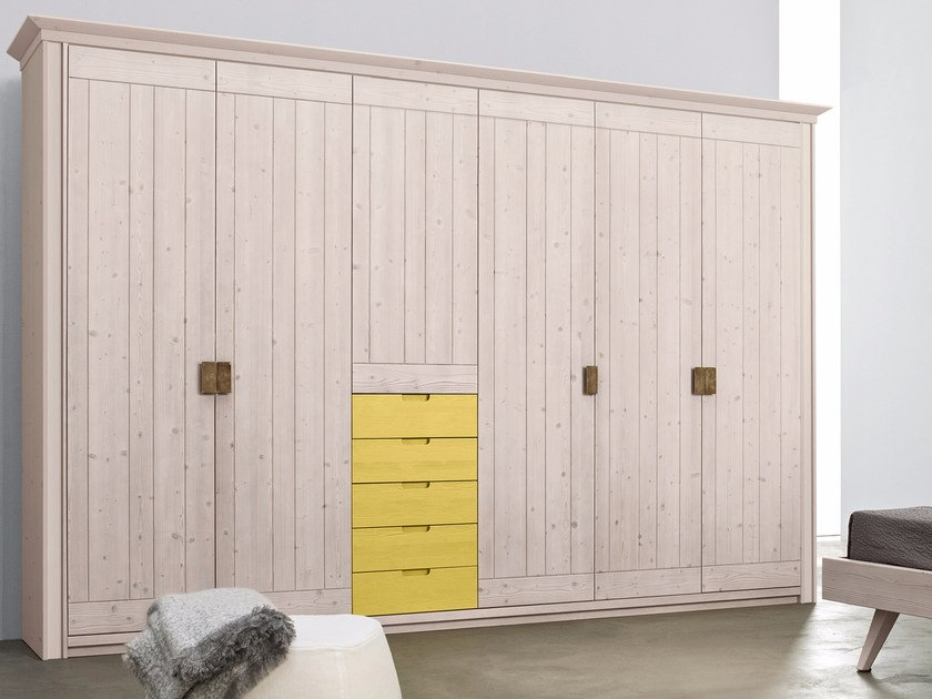 Sectional spruce wardrobe with drawers Wardrobe with drawers by Scandola Mobili