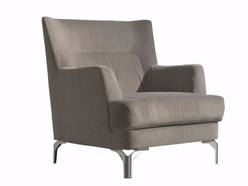 Armchair with removable cover with armrests WELL | Armchair by CTS SALOTTI