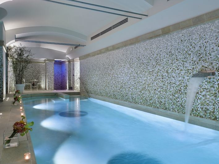 Indoor swimming pool with waterfall 001 HT | Swimming pool with waterfall - BAIRES