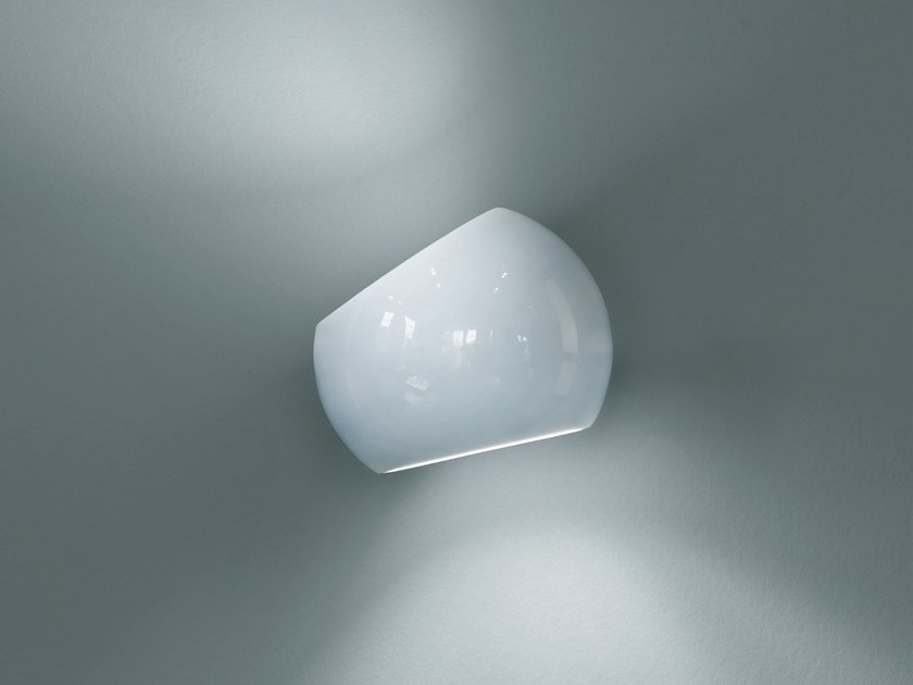 LED porcelain wall lamp WHITE MOONS 1 | Wall lamp by LICHT IM RAUM