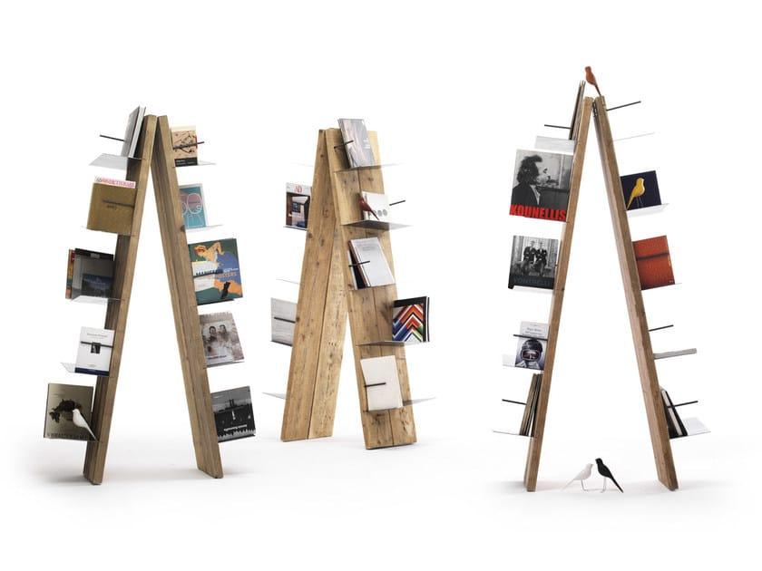 Open freestanding spruce bookcase WONKA - Vontree
