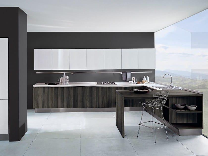 Cucina componibile laccata in legno TOUCH | Cucina in legno - Oikos Cucine