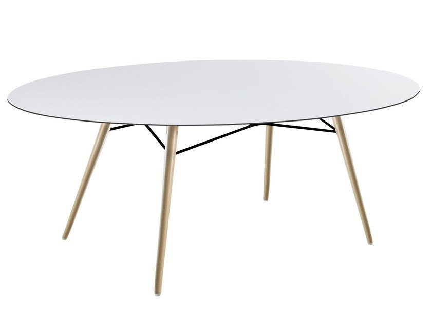 Oval dining table WOX   Oval table by Papatya