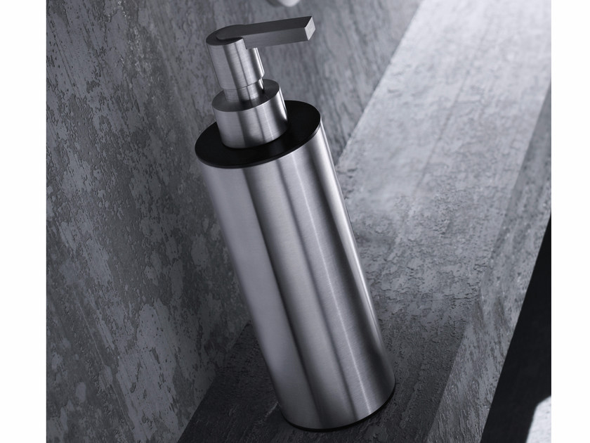 Stainless steel liquid soap dispenser ACN22 | Liquid soap dispenser - Radomonte