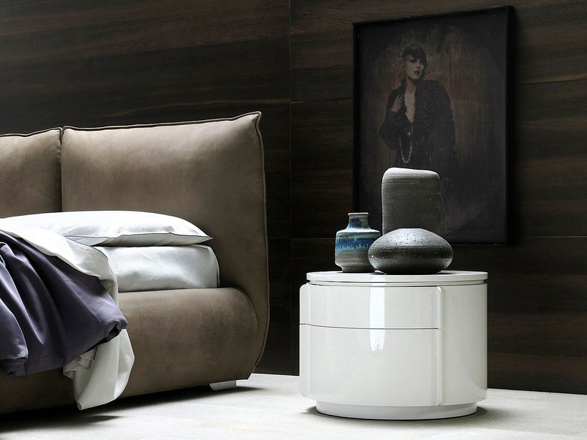 Round bedside table with drawers YNDRO | Bedside table - Silenia