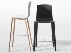 - Sedia alta con poggiapiedi AAVA | Sedia in legno - Arper