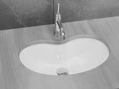 - Undermount ceramic washbasin BEAN - Hidra Ceramica