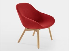 - 4-legged wood chair BESO LOUNGE - Artifort