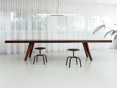 - Rectangular wooden meeting table BRIDGE CONFERENCE - MORGEN Interiors
