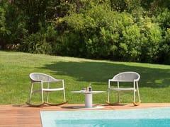 Poltroncina a dondolo da giardino con braccioliCLEVER LOUNGE   Poltroncina a dondolo - VARASCHIN