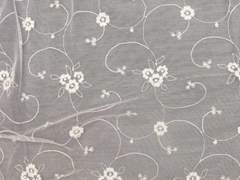 - Embroidered polyester fabric with floral pattern for curtains EMBROIDERY FLOWERS - Gancedo