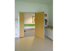 Porta a battente in metallo rivestita in laminato ERGON® NORMAL - CELEGON