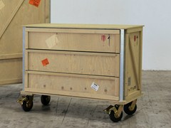 - Wooden chest of drawers with casters EXPORT COMÒ | Chest of drawers with casters - Seletti