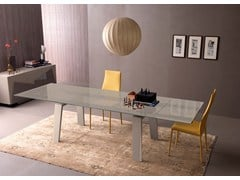 - Extensible table with mat sand lacquered trapezoid wooden legs. Top in bright beige safety extra clear glass, mm 12. FREE SABBIA | Extending table - ITALY DREAM DESIGN - Kallisté