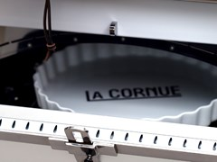 CASSERUOLA IN PORCELLANALA CORNUE - LA CORNUE