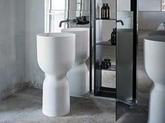 - Freestanding round Ceramilux® washbasin ORIGIN | Freestanding washbasin - INBANI