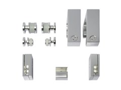 18 Shower cabin fittings and accessories