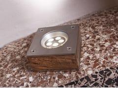 Segnapasso a pavimento in acciaio inox e legnoPEUGEOT - BRILLAMENTI BY HI PROJECT
