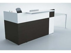 - Wooden Reception desk PHILO | Reception desk - Castellani.it