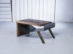 - Tavolino da caffè in legno massello con vano contenitore POLYLINE NO 1 - HOOKL und STOOL