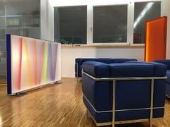 Pannello divisorio free standing in plexiglassDivisorio traslucido - GLOBAL  BRAND CONCEPTS