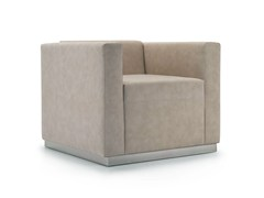 - Upholstered leather armchair with armrests QUINCY | Armchair - Domingo Salotti