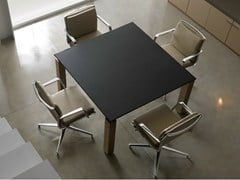 - Modular square leather meeting table with cable management REGAL | Square meeting table - Quinti Sedute