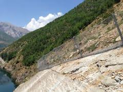 Rete di protezione paramassiBarriere contro frane superficiali SL - GEOBRUGG ITALIA