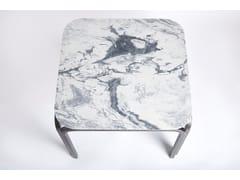 Tavolo quadrato in marmoSQUARE KITCHEN TABLE - RUE INTÉRIEURE