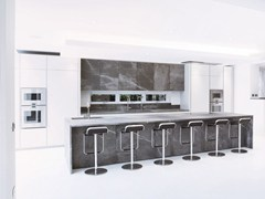 - Kitchen with island without handles T45 | Natural stone kitchen - TM Italia Cucine