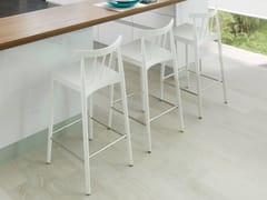 Sgabello alto in legno impiallacciato con schienale con poggiapiediTAO | Sgabello con schienale - GAMADECOR