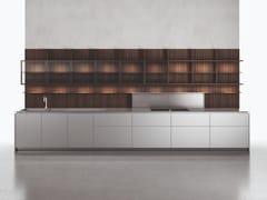 Sistema boiserie per cucina in legno, vetro o marmoUPPER | Schienale per cucina in legno e vetro - BOFFI