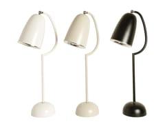 - Metal table lamp with fixed arm BARRACUDA | Metal table lamp - Branco sobre Branco