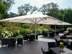 - Square Garden umbrella with built-in lights with integrated heating BIG BEN | Square Garden umbrella - Michael Caravita