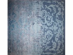 - Patterned handmade rectangular rug CARDINAL SHADOW VINTAGE BLUE - EDITION BOUGAINVILLE