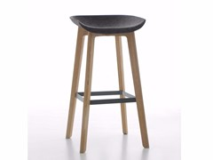 - High fabric stool with footrest CHAIRMAN WOOD | Stool - conmoto by Lions at Work