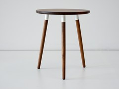 - Round walnut coffee table for living room CRESCENTTOWN | Walnut coffee table - hollis+morris