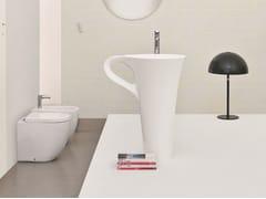 Lavabo freestanding in ceramica con porta asciugamaniCUP | Lavabo freestanding - ARTCERAM