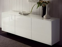 - Lacquered sideboard with doors ESSENZIA | Sideboard - RIFLESSI