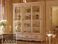 - Solid wood display cabinet FENICE | Lacquered display cabinet - Arvestyle