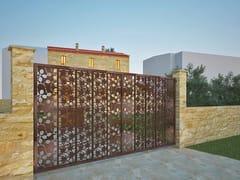 - Swing Motorized iron gate FOGLIE AL VENTO 884 - Fabbridea
