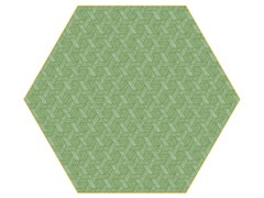 - Rug with geometric shapes HEXAGON GREEN - Moooi©