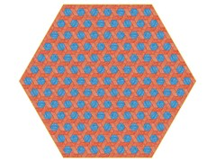 - Rug with geometric shapes HEXAGON RED / BLUE - Moooi©