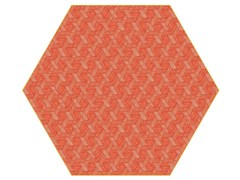 - Rug with geometric shapes HEXAGON RED - Moooi©